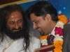 felicitated-by-master-of-wisdom-award-by-the-master-himself-sri-sri-ravi-shankar